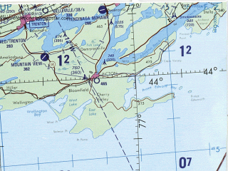 Reduced fragment of topographic map en--tpc--500k--f18-c--(1991)--N044-00_W085-00--N040-00_W077-00 in area of Lake Erie, Lake St. Clair, Genesee; towns and cities Toronto, Pittsburgh, Cleveland, Buffalo, Rochester