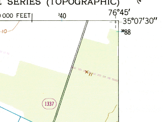 Reduced fragment of topographic map en--usgs--024k--001304--(1950)--N035-07-30_W076-52-30--N035-00-00_W076-45-00; towns and cities Arapahoe