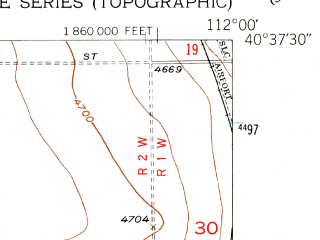 Reduced fragment of topographic map en--usgs--024k--024986--(1952)--N040-37-30_W112-07-30--N040-30-00_W112-00-00