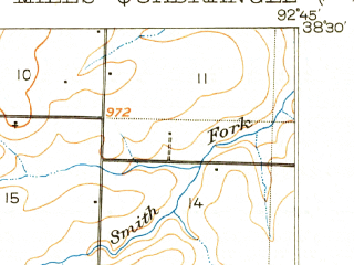 Reduced fragment of topographic map en--usgs--063k--054800--(1904)--N038-30_W093-00--N038-15_W092-45; towns and cities Gravois Mills, Stover, Versailles