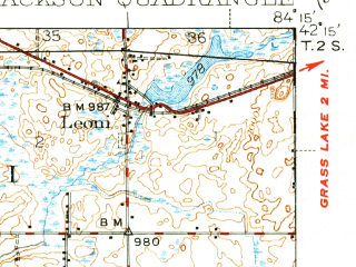 Reduced fragment of topographic map en--usgs--063k--055829--(1939)--N042-15_W084-30--N042-00_W084-15 in area of Center Lake, Lake Le Ann, Clark Lake; towns and cities Jackson, Michigan Center, Vandercook, Cement City