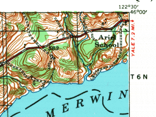 Reduced fragment of topographic map en--usgs--063k--056366--(1940)--N046-00_W122-45--N045-45_W122-30 in area of Lewis; towns and cities Battle Ground, La Center, Meadow Glade