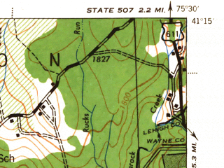 Reduced fragment of topographic map en--usgs--063k--063002--(1943)--N041-15_W075-45--N041-00_W075-30 in area of Pocono Lake