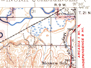 Reduced fragment of topographic map en--usgs--063k--064639--(1937)--N044-15_W091-45--N044-00_W091-30; towns and cities Winona, Fountain City, Goodview, Minnesota City