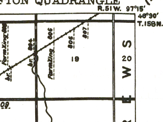 Reduced fragment of topographic map en--usgs--063k--320865--(1943)--N048-30_W097-30--N048-15_W097-15; towns and cities Grafton, Minto