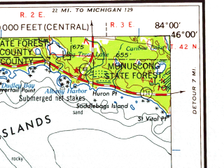 Reduced fragment of topographic map en--usgs--250k--068713--(1958)--N046-00_W086-00--N045-00_W084-00 in area of Little Traverse Bay, Lake Charlevoix, Mullet Lake; towns and cities Petoskey, Cheboygan, Mackinac Island, East Jordan