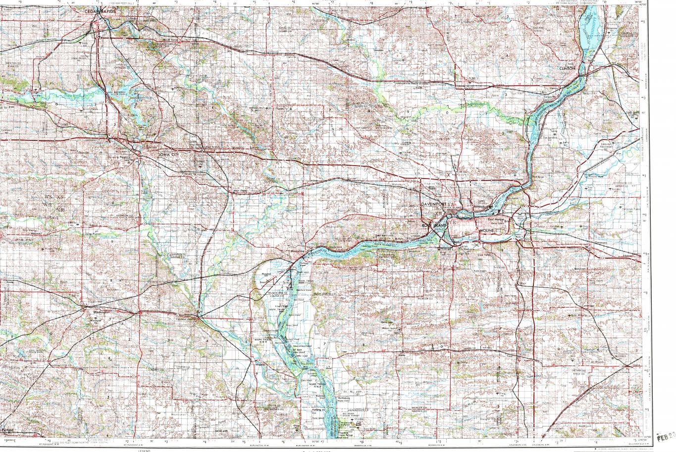 Download topographic map in area of Davenport Cedar Rapids Iowa