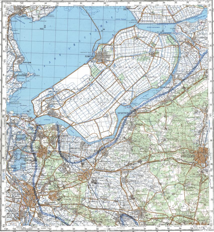 Download topographic map in area of Utrecht Apeldoorn Hilversum